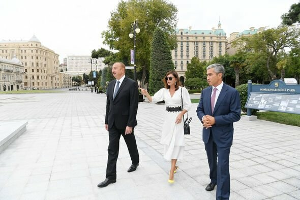 """Bulvarda """"Qu quşları"""" fəvvarə kompleksi açıldı - FOTO, fotoşəkil-7"""