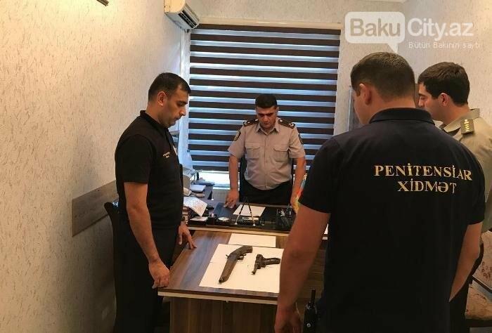Bakıda məhbusun gizlətdiyi silahlar aşkarlandı (Foto), fotoşəkil-1
