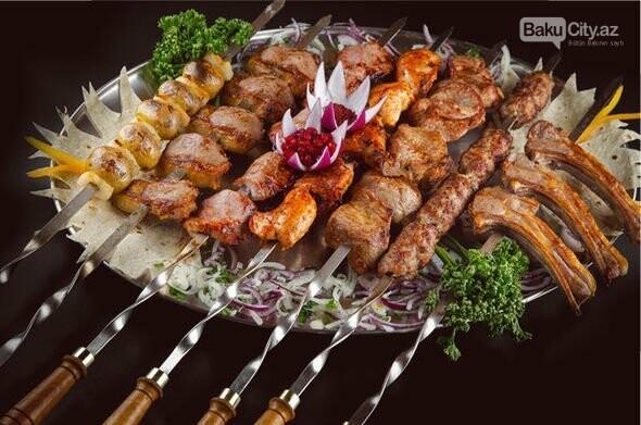 Bakı restoranlarında ötən yayın beşliyə düşən yeməkləri , fotoşəkil-2
