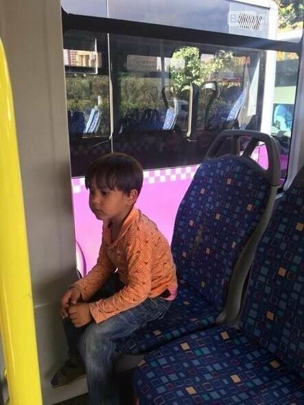 Bakıda avtobusda uşaq tapıldı, fotoşəkil-2