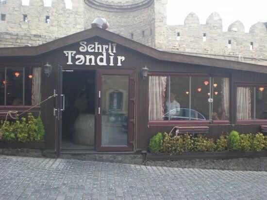 Bakının məşhur restoranı sökülür - FOTO, fotoşəkil-2