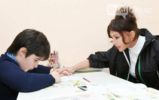Mehriban Əliyeva Bakıda uşaq mərkəzində olub - FOTO, fotoşəkil-1