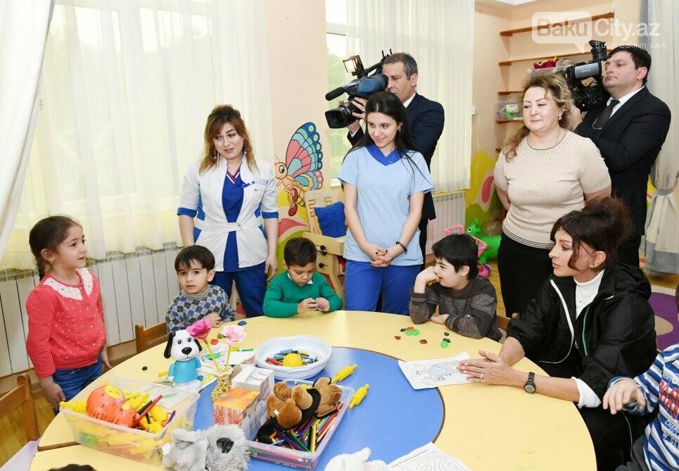 Mehriban Əliyeva Bakıda uşaq mərkəzində olub - FOTO, fotoşəkil-3
