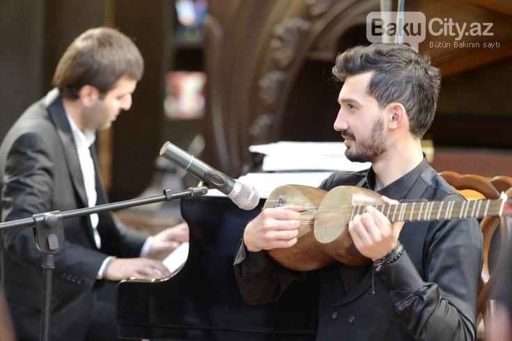 Bakı Kitab Mərkəzində musiqi və poeziya gecəsi keçirilib - FOTO, fotoşəkil-2