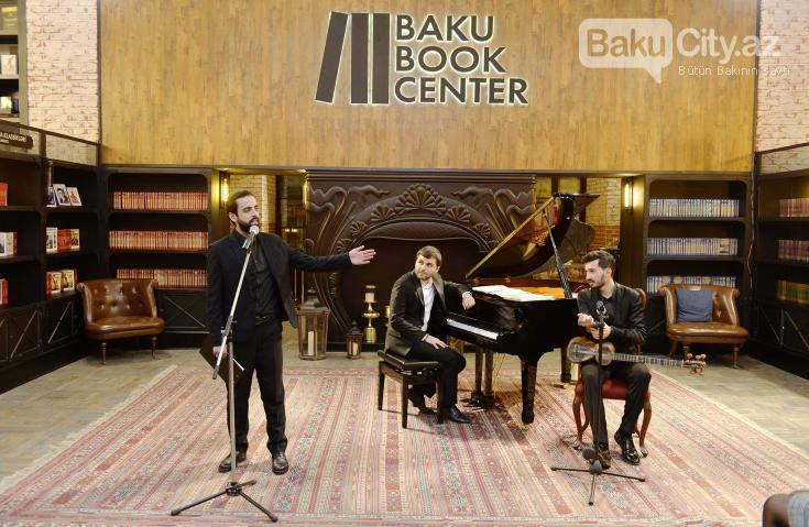 Bakı Kitab Mərkəzində musiqi və poeziya gecəsi keçirilib - FOTO, fotoşəkil-4