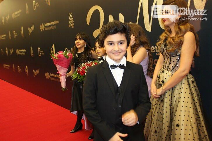 """Bakıda """"Zima"""" uşaq festivalının qala konserti keçirildi – FOTO, fotoşəkil-1"""