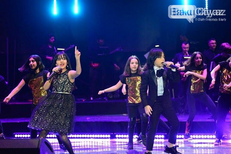 """Bakıda """"Zima"""" uşaq festivalının qala konserti keçirildi – FOTO, fotoşəkil-36"""