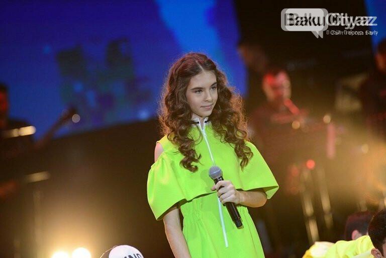 """Bakıda """"Zima"""" uşaq festivalının qala konserti keçirildi – FOTO, fotoşəkil-43"""