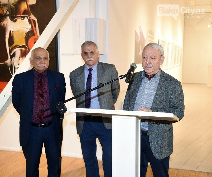 """Bakıda Arif Hüseynovun """"Qarabağnamə - tarixin səhifələri"""" sərgisi açıldı - FOTO, fotoşəkil-13"""