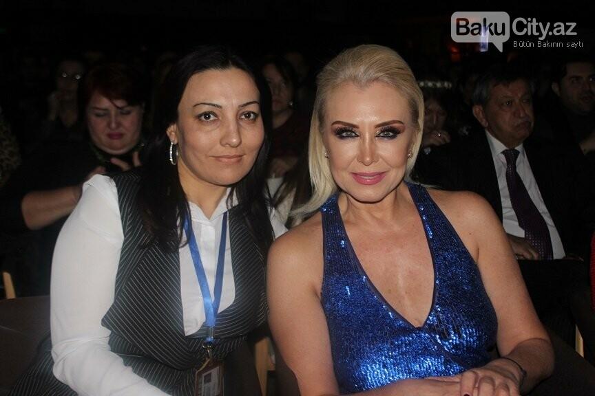 """Bakıda """"Çat Kapı aşk"""" filminin qala gecəsi keçirildi - FOTOREPORTAJ, fotoşəkil-26"""