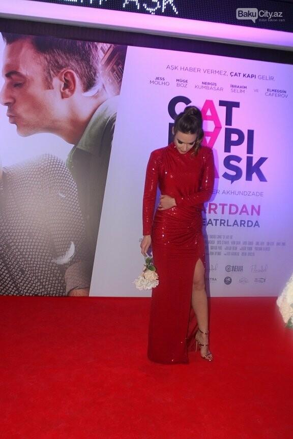 """Bakıda """"Çat Kapı aşk"""" filminin qala gecəsi keçirildi - FOTOREPORTAJ, fotoşəkil-43"""