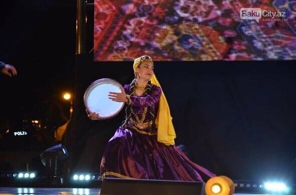 Bakıda doğulan 10 milyonuncu azərbaycanlının şərəfinə konsert verildi - FOTO, fotoşəkil-10