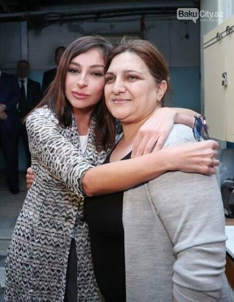 Mehriban Əliyeva Bakıda  köçkünlərlə görüşüb - VİDEO / FOTO, fotoşəkil-11