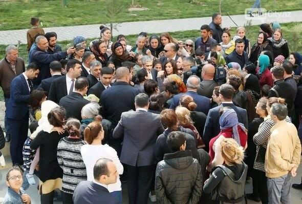 Mehriban Əliyeva Bakıda  köçkünlərlə görüşüb - VİDEO / FOTO, fotoşəkil-21