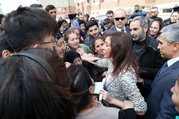 Mehriban Əliyeva Bakıda  köçkünlərlə görüşüb - VİDEO / FOTO, fotoşəkil-29