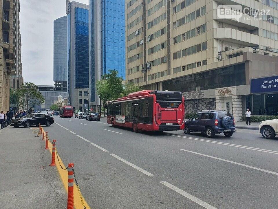 """""""Baku Bus""""ın sürücüsündən qayda pozuntusu - FOTO, fotoşəkil-1"""