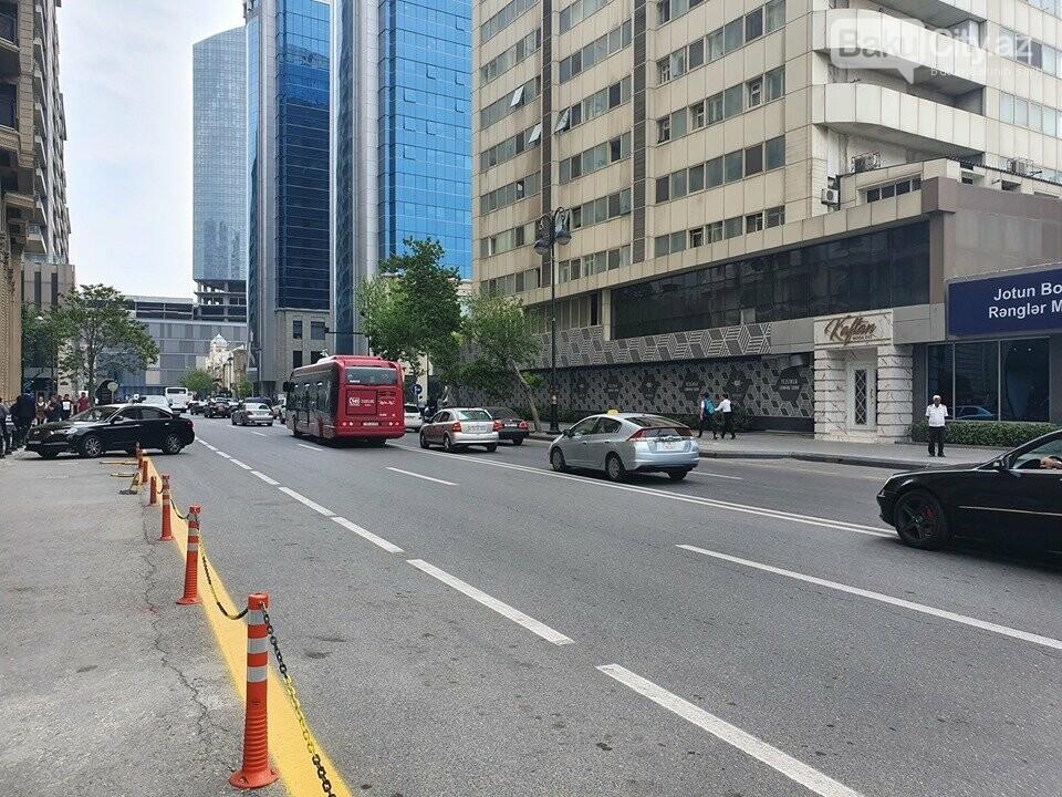 """""""Baku Bus""""ın sürücüsündən qayda pozuntusu - FOTO, fotoşəkil-2"""