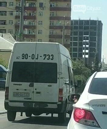 Bakıdakı bu  yolda 1 dəqiqəyə 11 avtomobil qayda pozdu - VİDEO, fotoşəkil-6