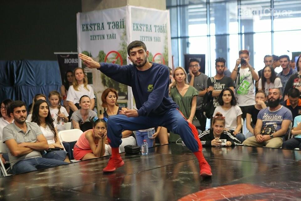 """Bakıda """"Break dance & Hip-Hop"""" rəqsləri üzrə müsabiqə keçirildi, fotoşəkil-16"""