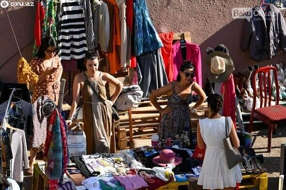 """Bakıda """"bit bazarı""""nda ikinci əl əşyalar satıldı - FOTO, fotoşəkil-1"""