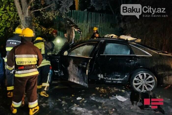 """Bakıda """"Lada"""" qırmızı işıqda keçdi, toqquşduğu """"Audi"""" yandı - VİDEO, fotoşəkil-3"""