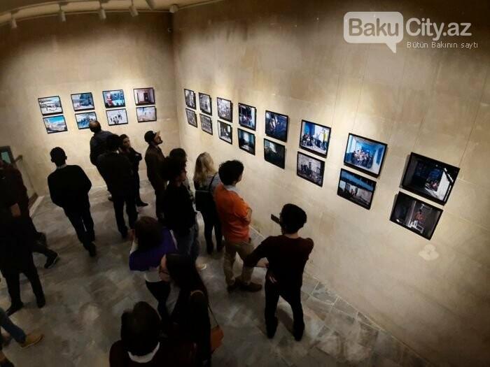 """Bakıda """"11 GÜN"""" fotosərgisi açıldı: Şaxta babalara dəstək olun - FOTO, fotoşəkil-10"""