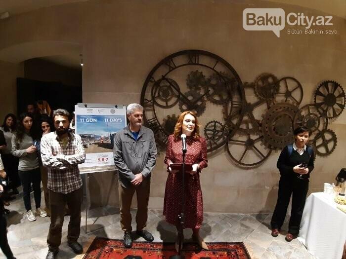 """Bakıda """"11 GÜN"""" fotosərgisi açıldı: Şaxta babalara dəstək olun - FOTO, fotoşəkil-18"""