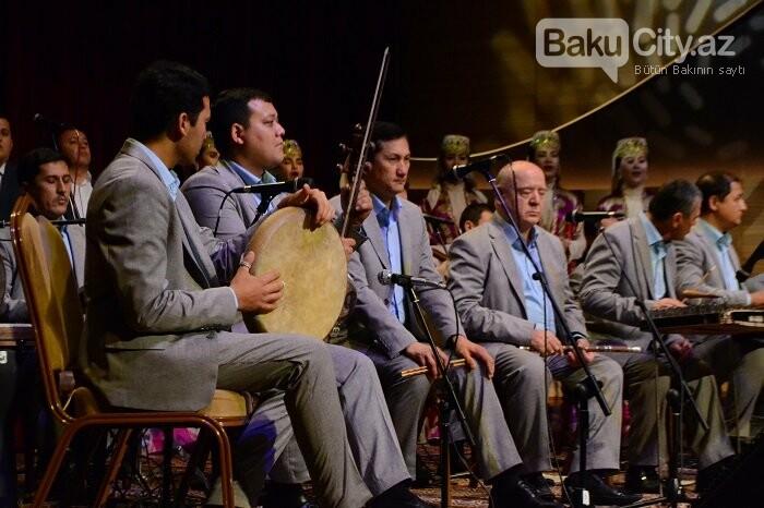 Bakıda özbək incəsənət ustalarının konserti olub - FOTO, fotoşəkil-13
