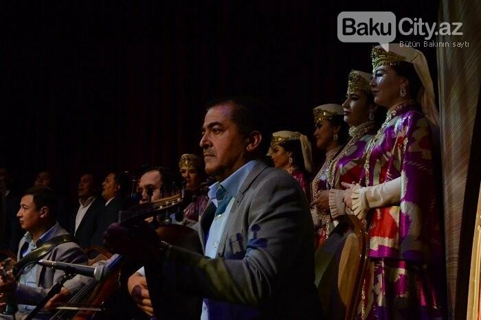 Bakıda özbək incəsənət ustalarının konserti olub - FOTO, fotoşəkil-18