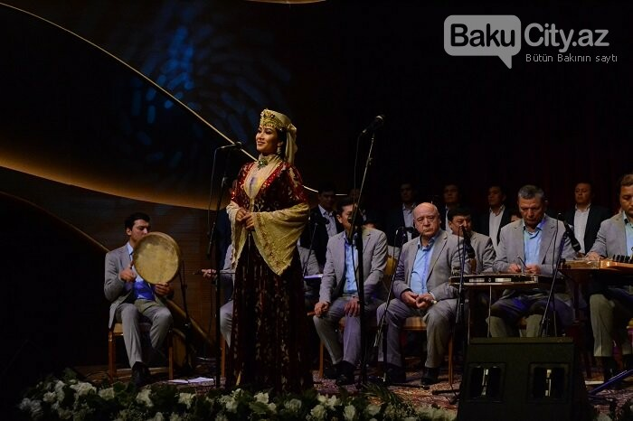 Bakıda özbək incəsənət ustalarının konserti olub - FOTO, fotoşəkil-23
