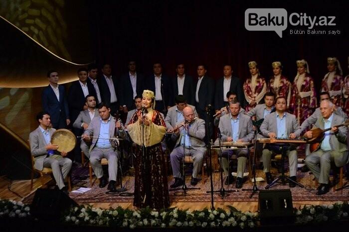 Bakıda özbək incəsənət ustalarının konserti olub - FOTO, fotoşəkil-25
