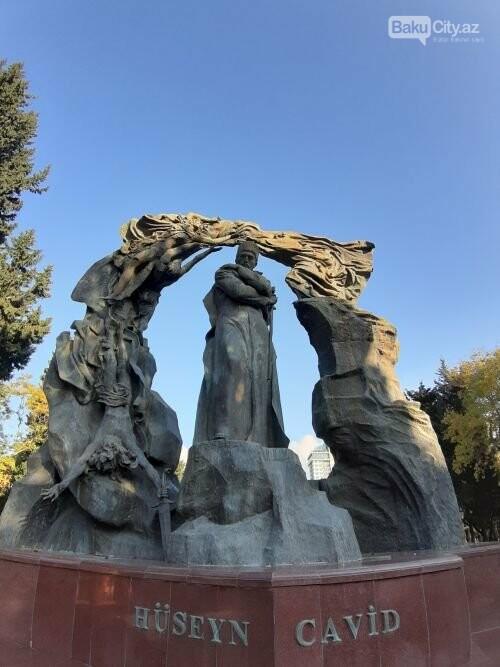 Hüseyn Cavidin heykəli: Ana və İblis, qızılgüllərə sevgi - FOTO, fotoşəkil-6