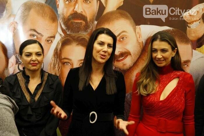 """Türk aktyorlar Bakı tamaşaçılarını güldürdü: """"Aman reis duymasın"""" - FOTO + VİDEO, fotoşəkil-6"""