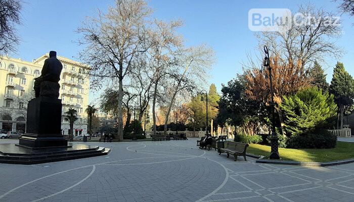 """Bakıda ucaldılmış ilk heykəl: """"Milli ənənələrə cavab vermir, uğursuzdur"""" - FOTO, fotoşəkil-7"""