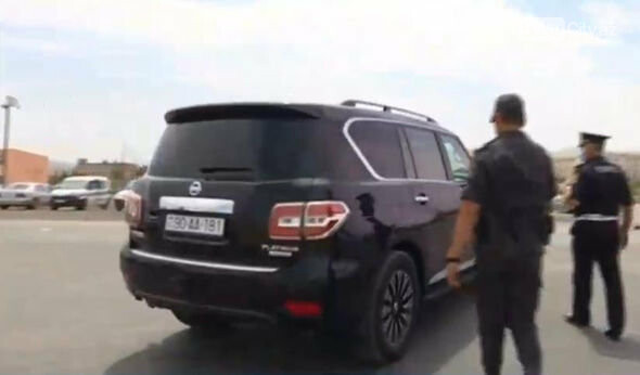 Bakıdan çıxmaq istəyən AA seriyalı avtomobil geri qaytarıldı - FOTO/VİDEO, fotoşəkil-1