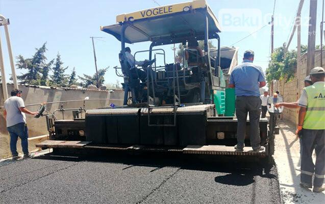 Suraxanıda yolların yenilənməsi işlər davam etdirilir - FOTO, fotoşəkil-1