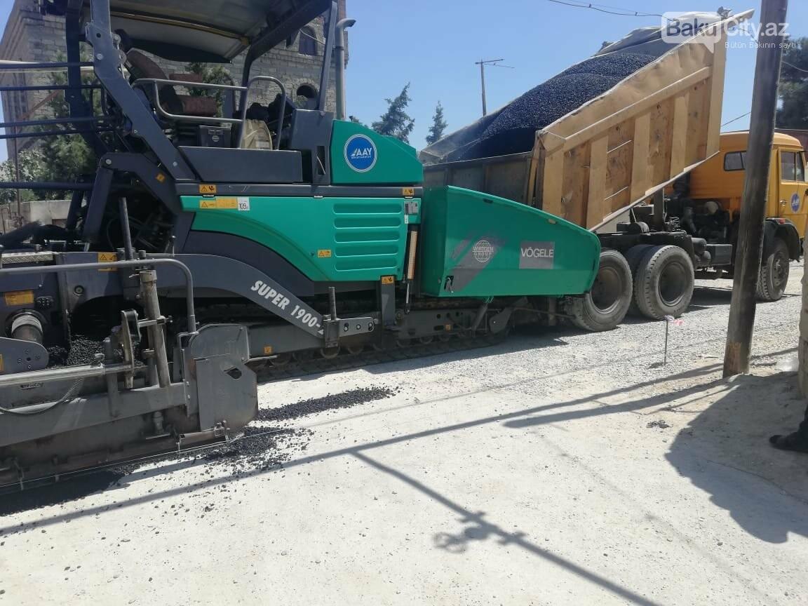 Suraxanıda yolların yenilənməsi işlər davam etdirilir - FOTO, fotoşəkil-2