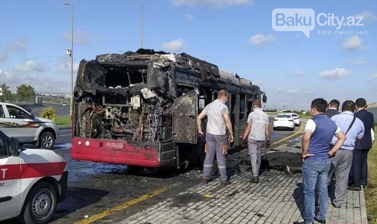 Bakıda sərnişin  avtobusu yandı - FOTO / VİDEO, fotoşəkil-1
