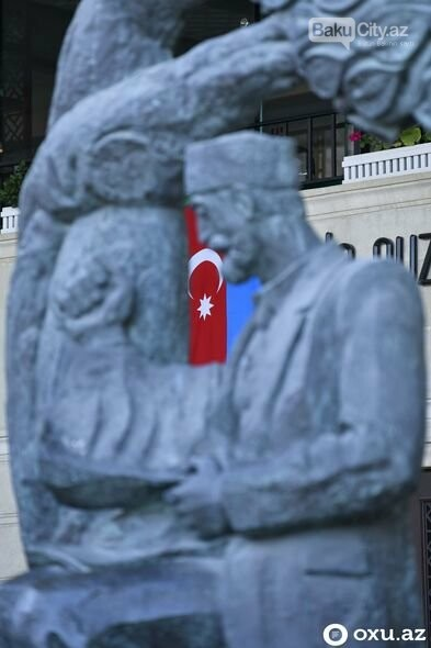 Xalqımız qələbə sevinci ilə Bakı küçələrində - FOTOREPORTAJ, fotoşəkil-13