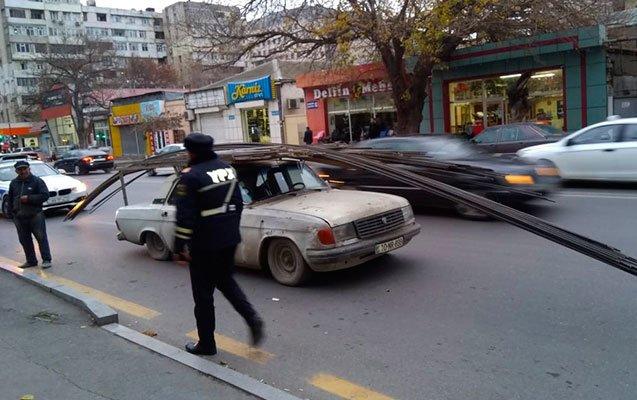 Bakıda qaydanı pozan sürücü özünü yandırmaq istədi - FOTO, fotoşəkil-1