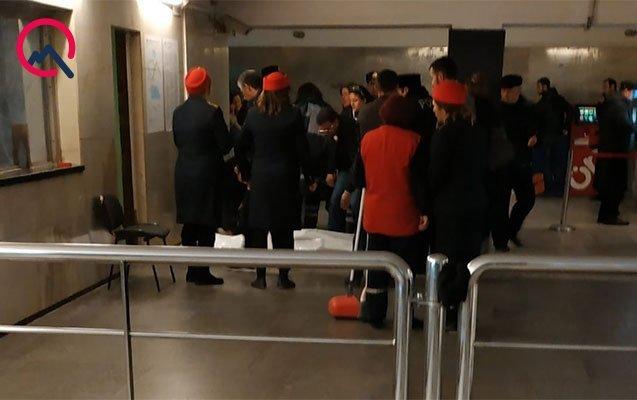 Bakı metrosunda qəfil ölüm hadisəsi baş verdi - FOTO, fotoşəkil-1