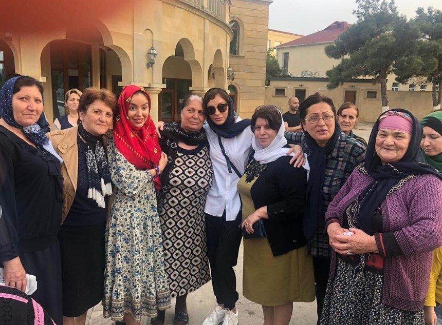 Mehriban Əliyeva qızı ilə ziyarətgaha gedib - FOTO, fotoşəkil-1