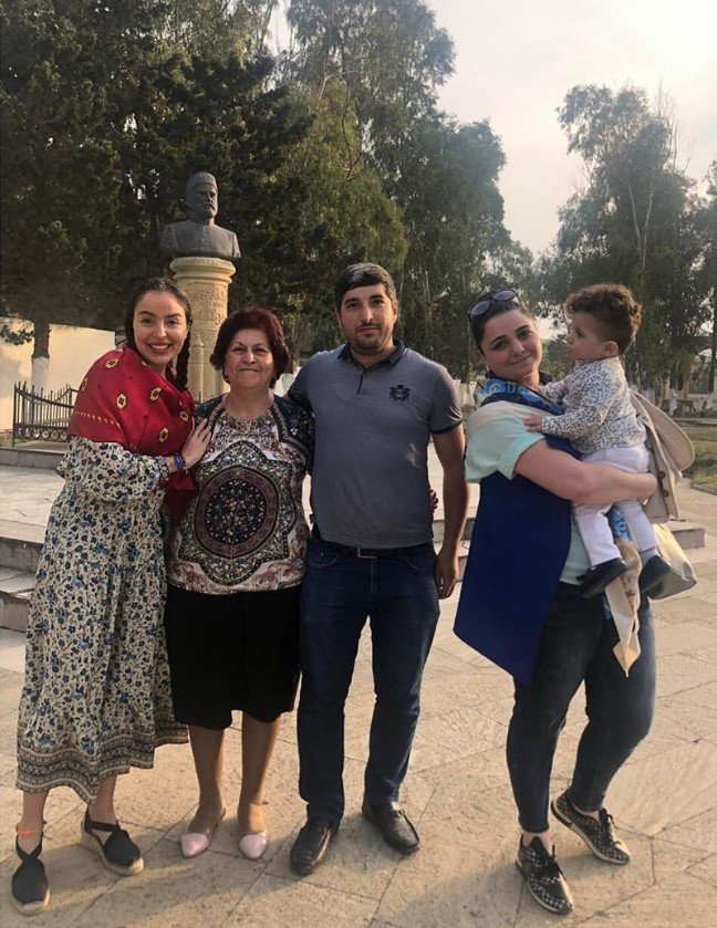 Mehriban Əliyeva qızı ilə ziyarətgaha gedib - FOTO, fotoşəkil-5