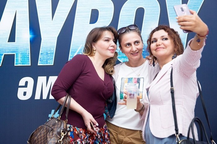 Fransız komediyası Bakıda Azərbaycan dilində nümayiş olundu - FOTO, fotoşəkil-7