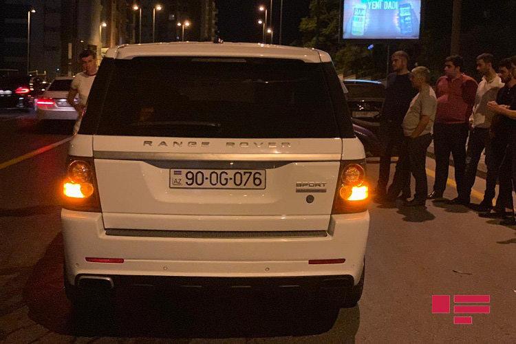 """Bakıda """"Range Rover"""" ağır yol qəzası törətdi - FOTO, fotoşəkil-5"""