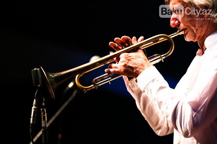 """Bakıda """"Baku Summer Jazz Days"""" festivalının açılışı keçirilib – FOTO, fotoşəkil-17"""