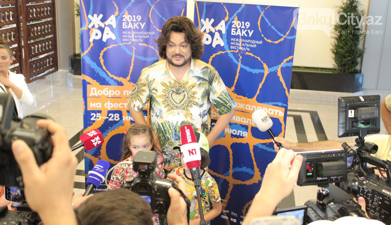Filip Kirkorov uşaqları ilə Bakıya gəldi – FOTO, fotoşəkil-9
