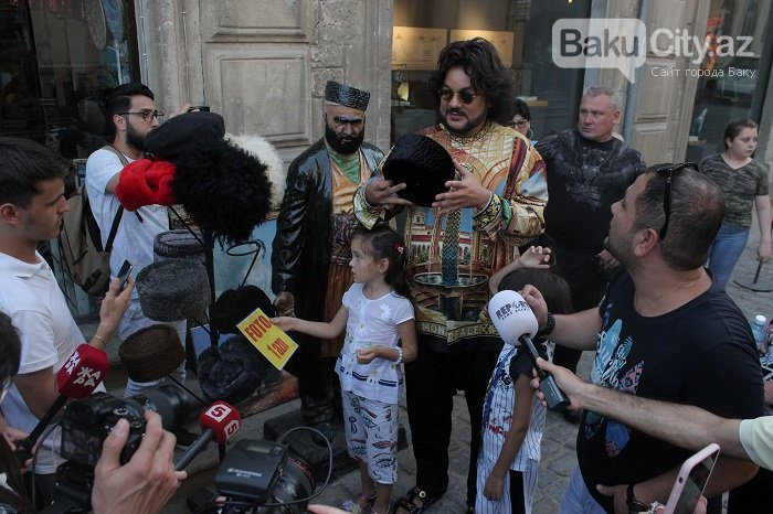 Flipp Kirkorov uşaqları ilə birlikdə İçərişəhəri gəzdi – FOTO, fotoşəkil-2