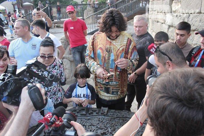 Flipp Kirkorov uşaqları ilə birlikdə İçərişəhəri gəzdi – FOTO, fotoşəkil-11
