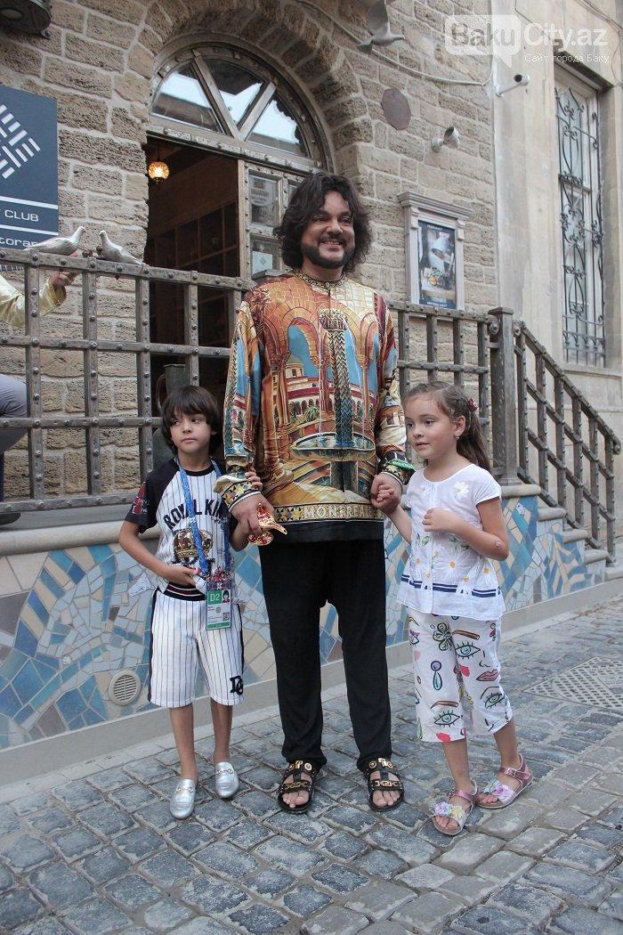 Flipp Kirkorov uşaqları ilə birlikdə İçərişəhəri gəzdi – FOTO, fotoşəkil-15